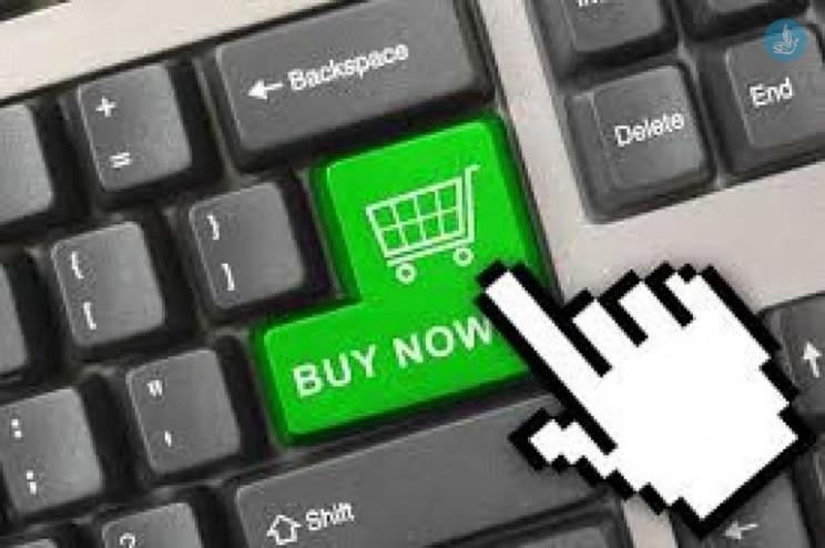 c8f67ac68a6 Ρούχα, ηλεκτρονικά και κοσμήματα αγοράζουν οι Ελληνες από e-shops εξωτερικού